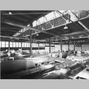 PT_Elco_80_Foot_Factory_Early_1942.jpg
